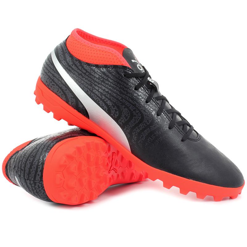 Детская универсальная обувь 40 шипов Puma One 18.4